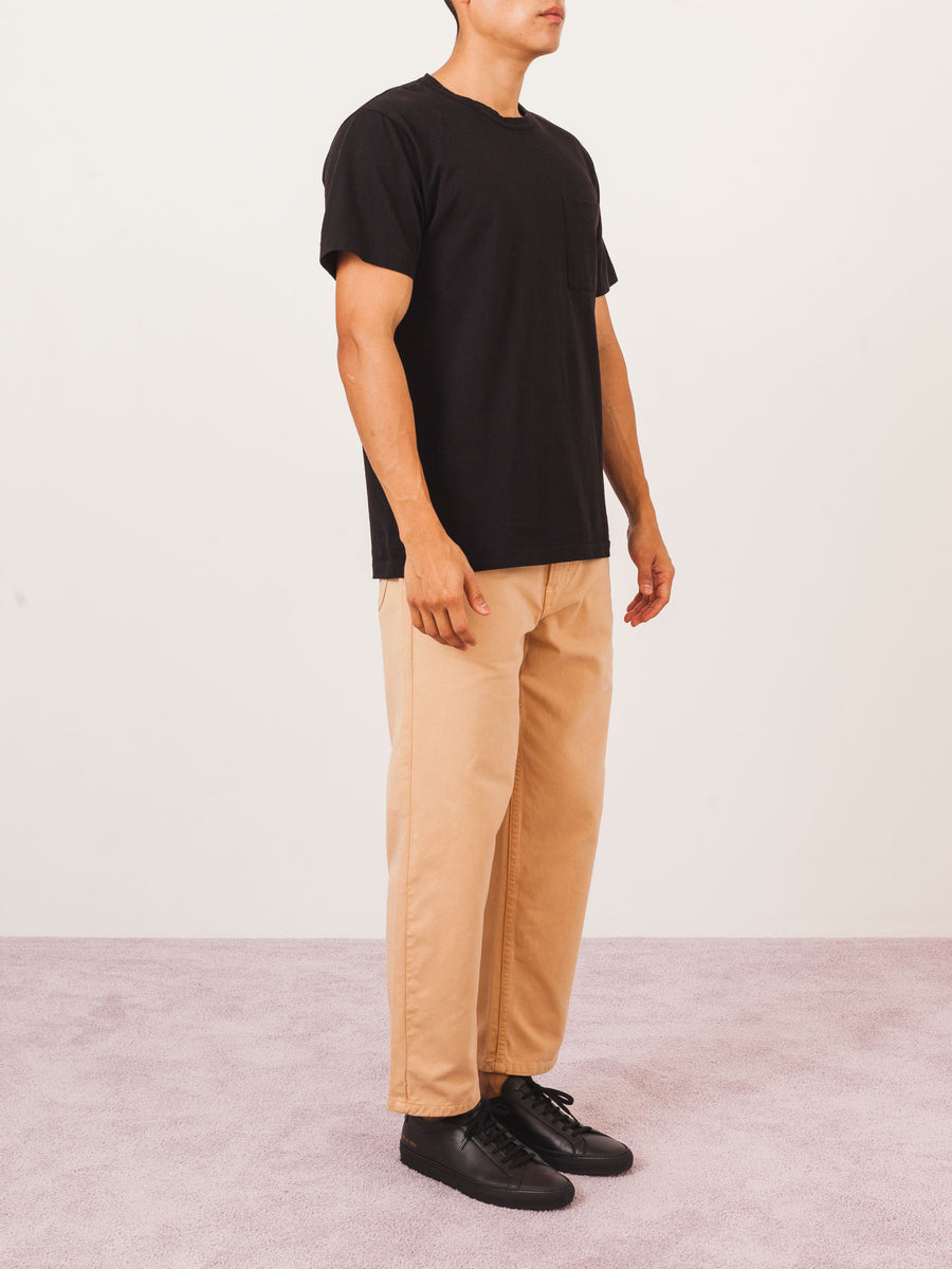 dehen-black-single-pocket-tee-on-body
