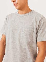 dehen-heather-single-pocket-tee-on-body
