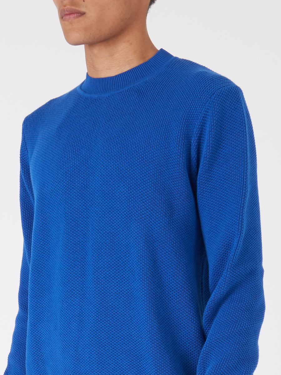 Éditions-M.R-Greek-Blue-Ischia-Sweater-on-body