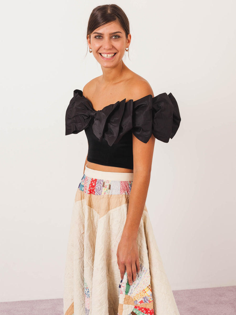 isa-arfen-black-bow-wow-wow-top-on-body
