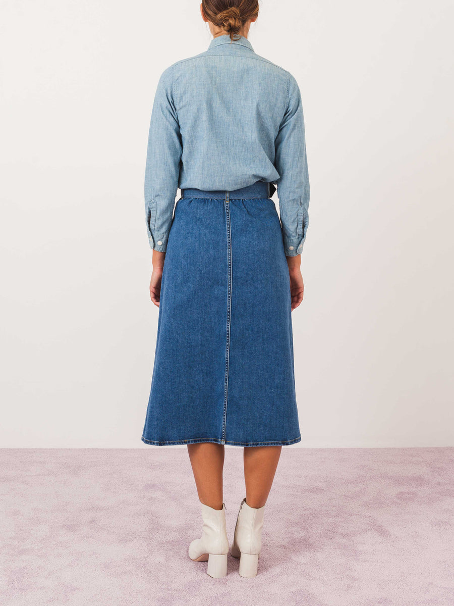 isa-arfen-true-blue-denim-button-down-skirt-on-body