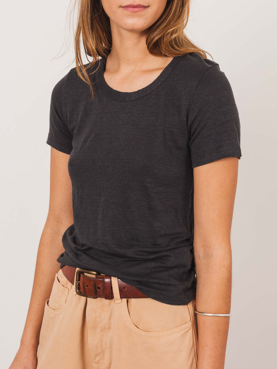 isabel-marant-etoile-anthracite-kiliann-t-shirt-on-body