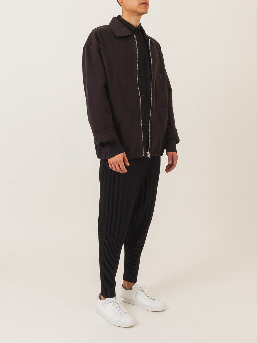 Issey-Miyake-HOMME-PLISSÉ-Black-New-Tapered-Pants-on-body