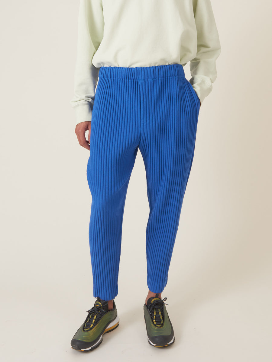 issey-miyake-Steel-Blue-Surface-Pants-on-body