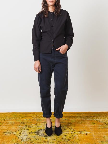 lemaire-black-fitted-shirt-on-body