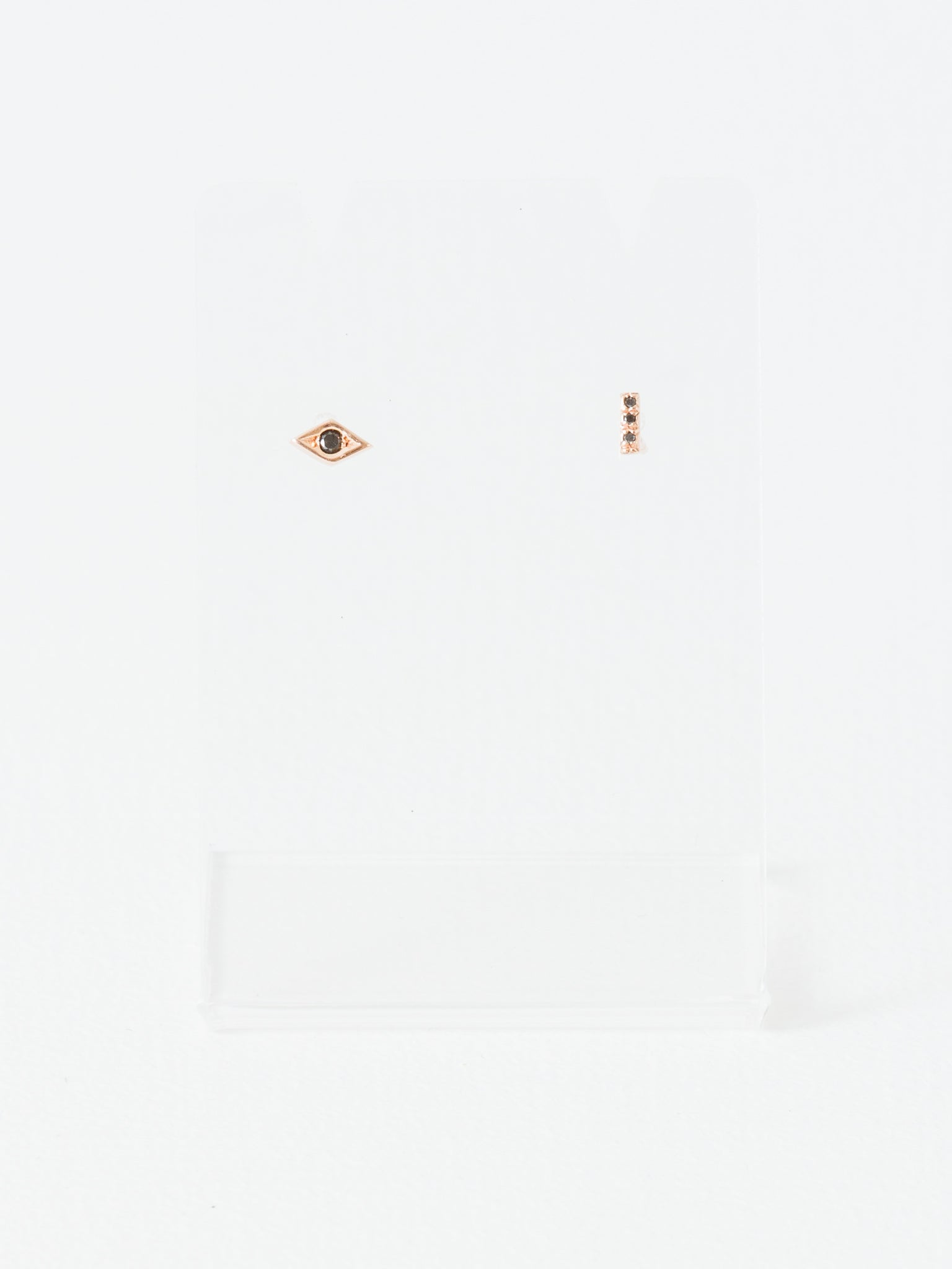 jewelry in lyst metallic gallery normal medium product line taylor sia gold stud earrings dot
