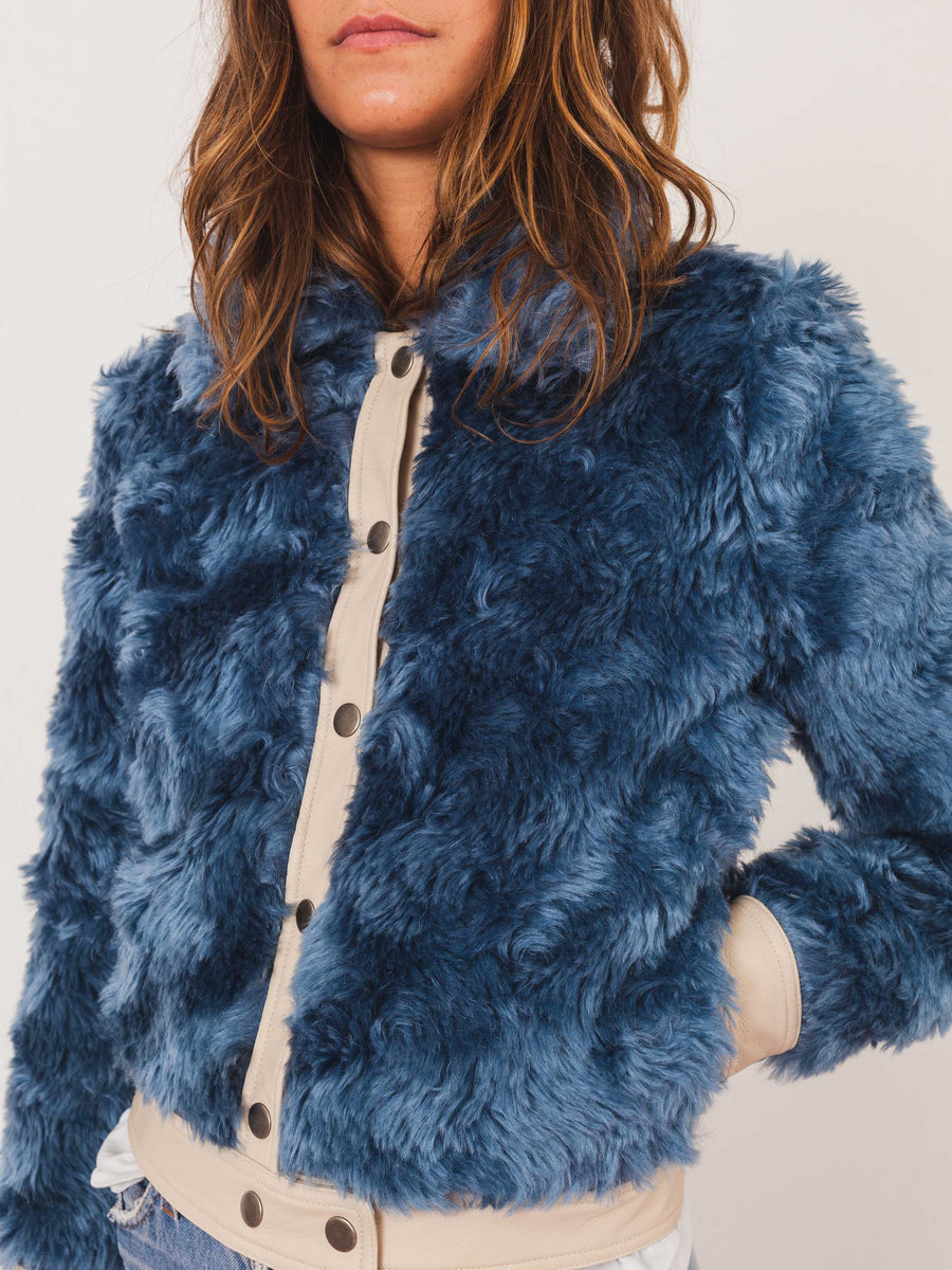mnz-wave-faux-fur-linus-bomber-on-body