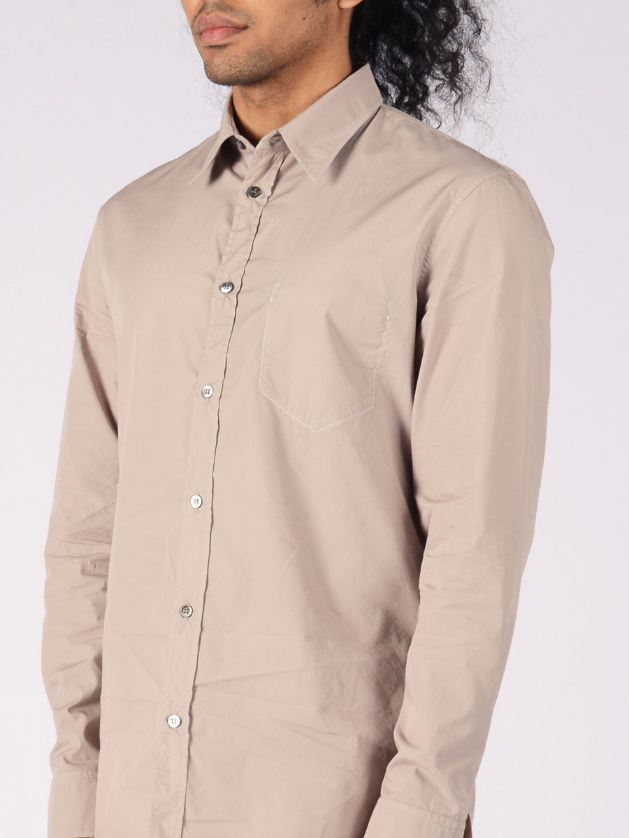Maison-Margiela-Dove-Grey-Cotton-Shirt-on-body