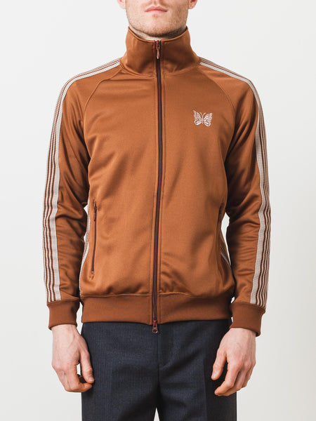 needles-smooth-track-jacket-on-body