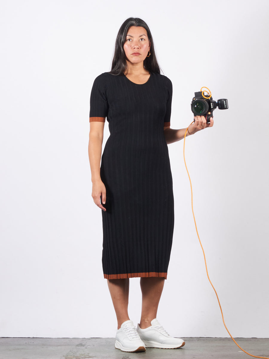 no.6-black-jasper-ribbed-dress-on-body