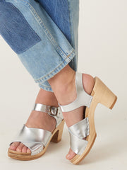 no.-silver-coco-cross-front-high-heel-on-body