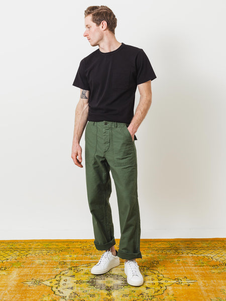 orslow-us-army-fatigue-pants-on-body
