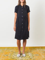 raquel-allegra-black-mandarin-shirt-dress-on-body