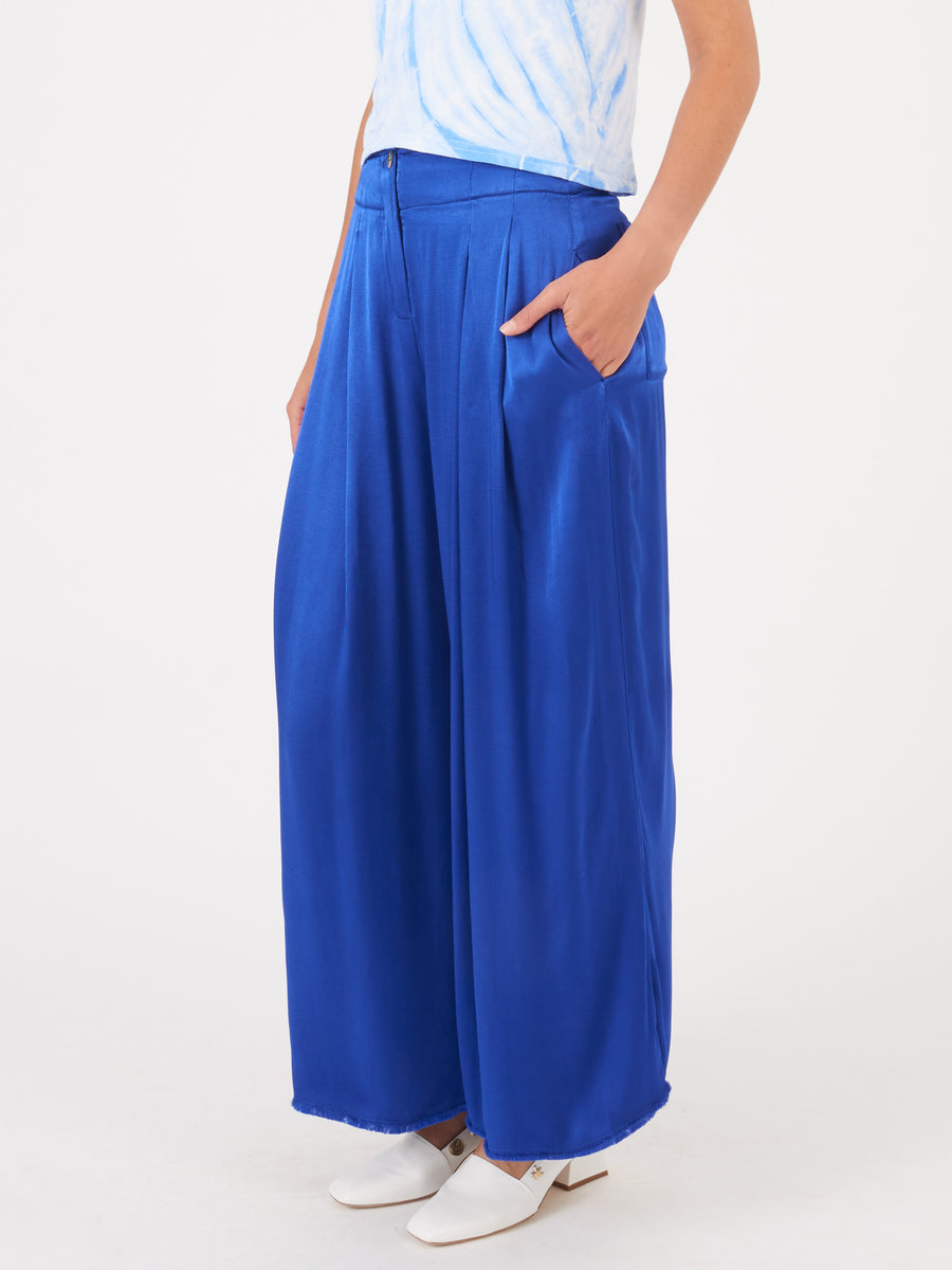 Raquel-Allegra-Cobalt-Pleated-Trouser-on-body