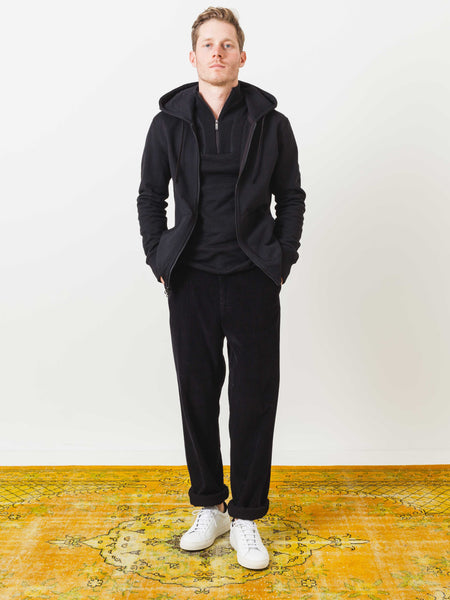 reigning-champ-black-heavy-weight-terry-full-zip-on-body