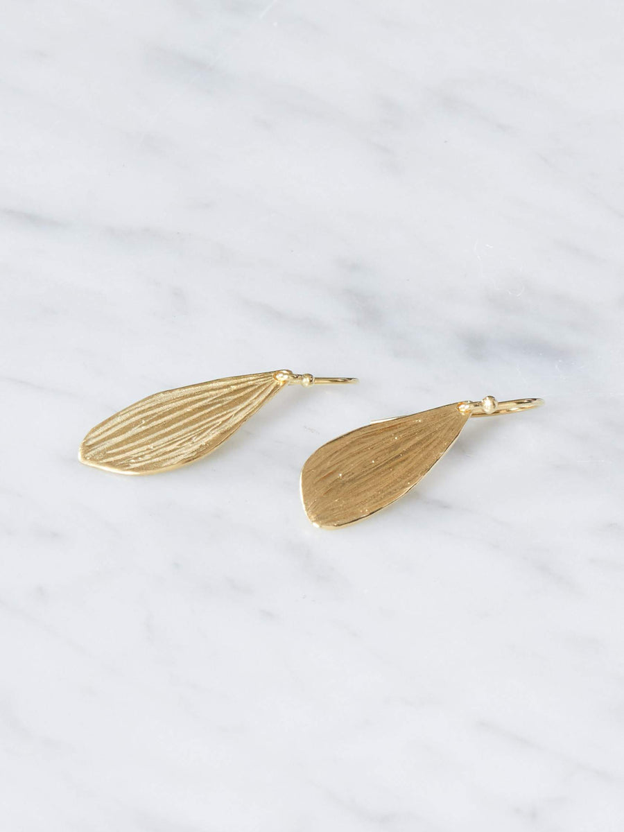 Sarah-Richardson-Jewelry-Gold-Medium-Reed-Earrings