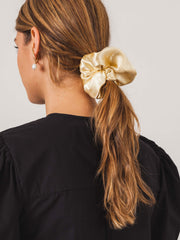 sophie-buhai-ivory-elegant-scrunchie-on-body
