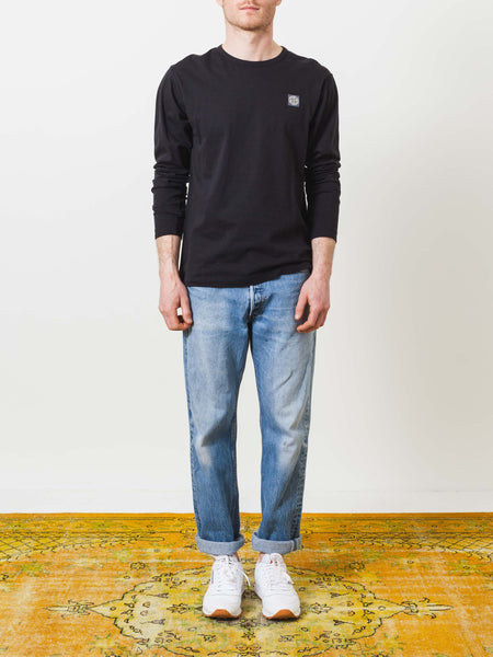 stone-island-black-longsleeve-tee-on-body
