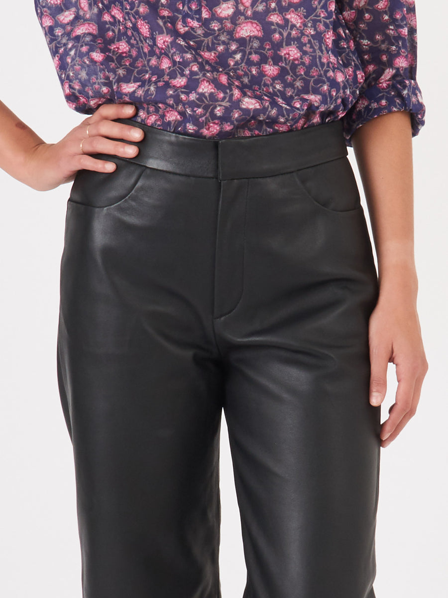toteme-black-novara-leather-pants-on-body