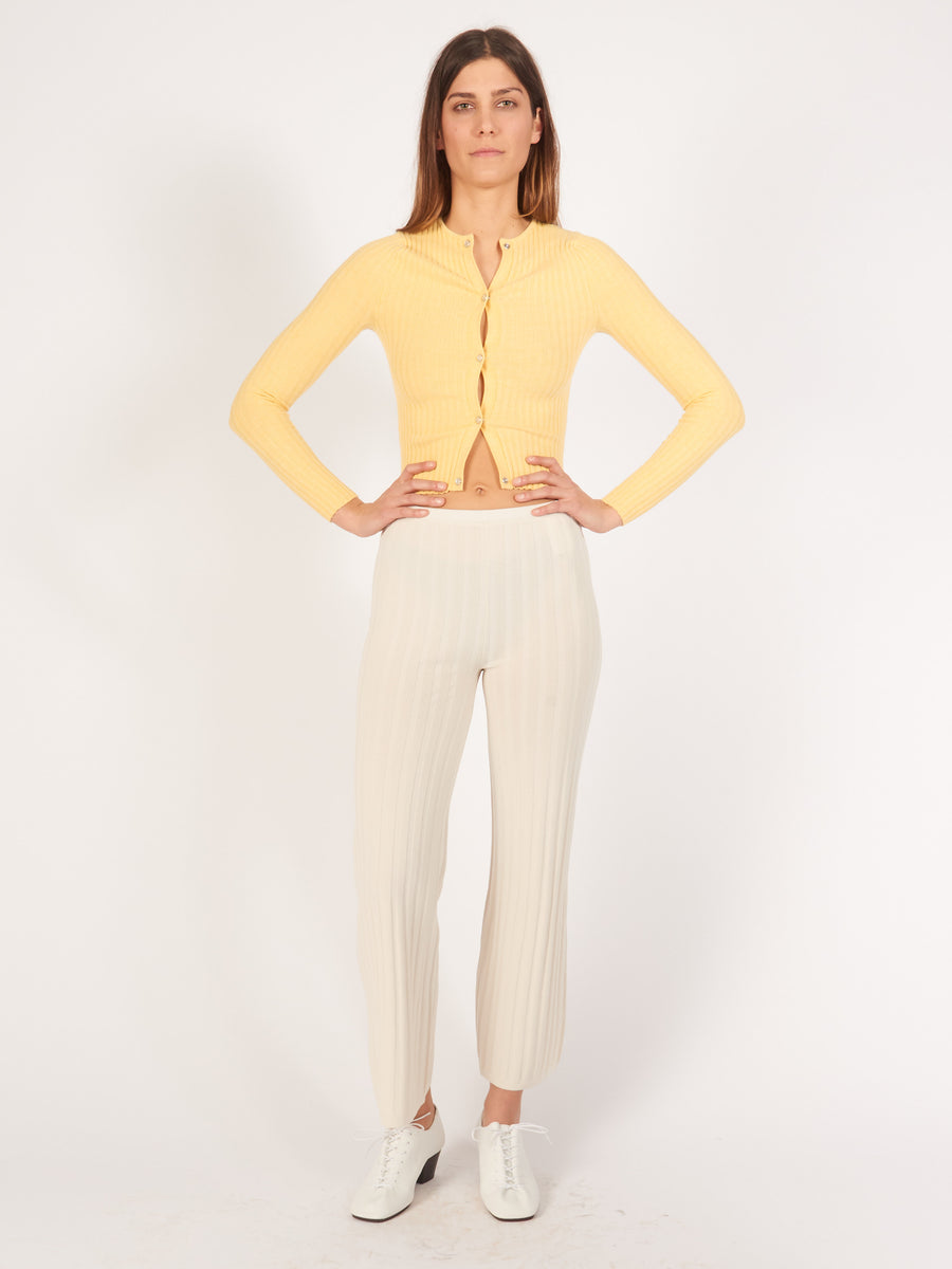 toteme-ivory-cour-trousers-on-body