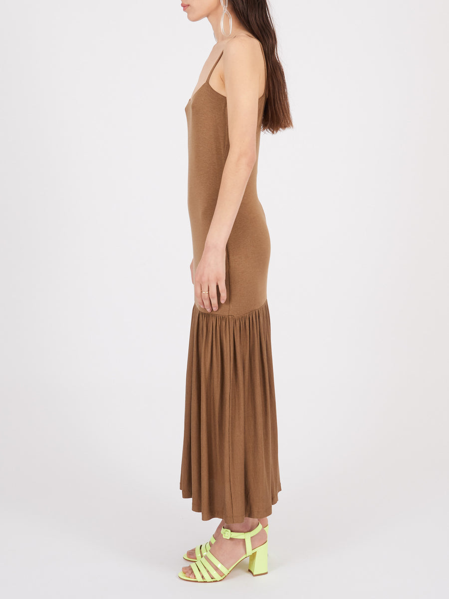 toteme-nougat-sintra-dress-on-body