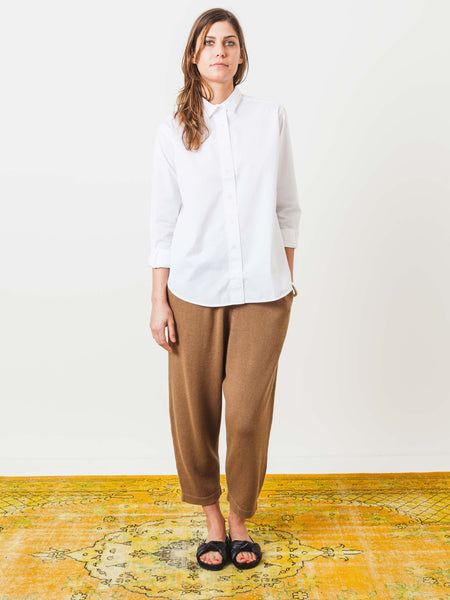 toteme-white-cotton-poplin-shirt-on-body