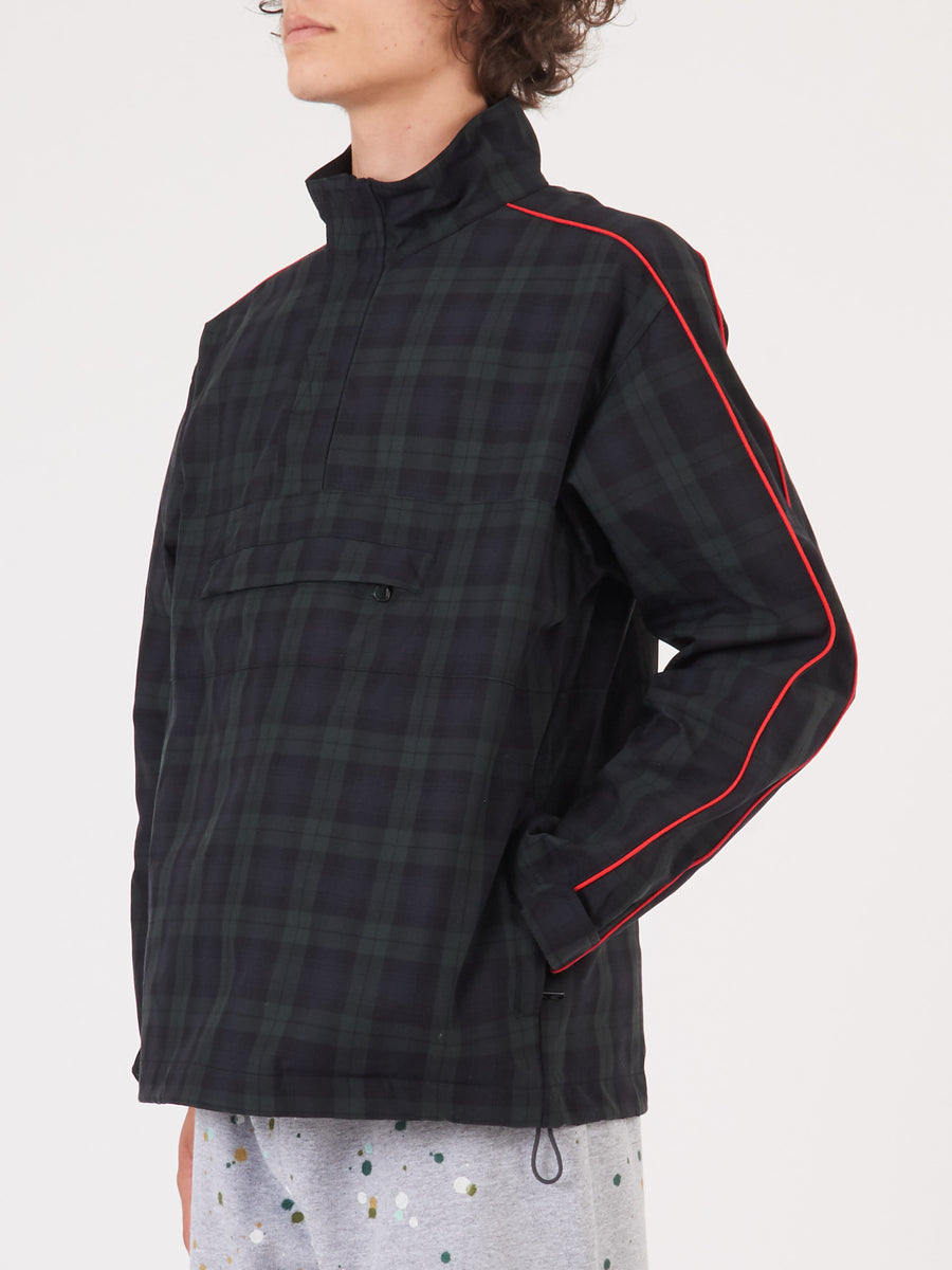 Très-Bien-Black/Green-Tartan-Popover-Jacket-on-body