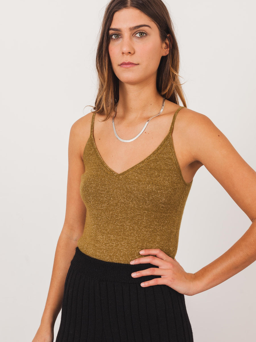 ulla-johnson-olive-dane-tank-on-body