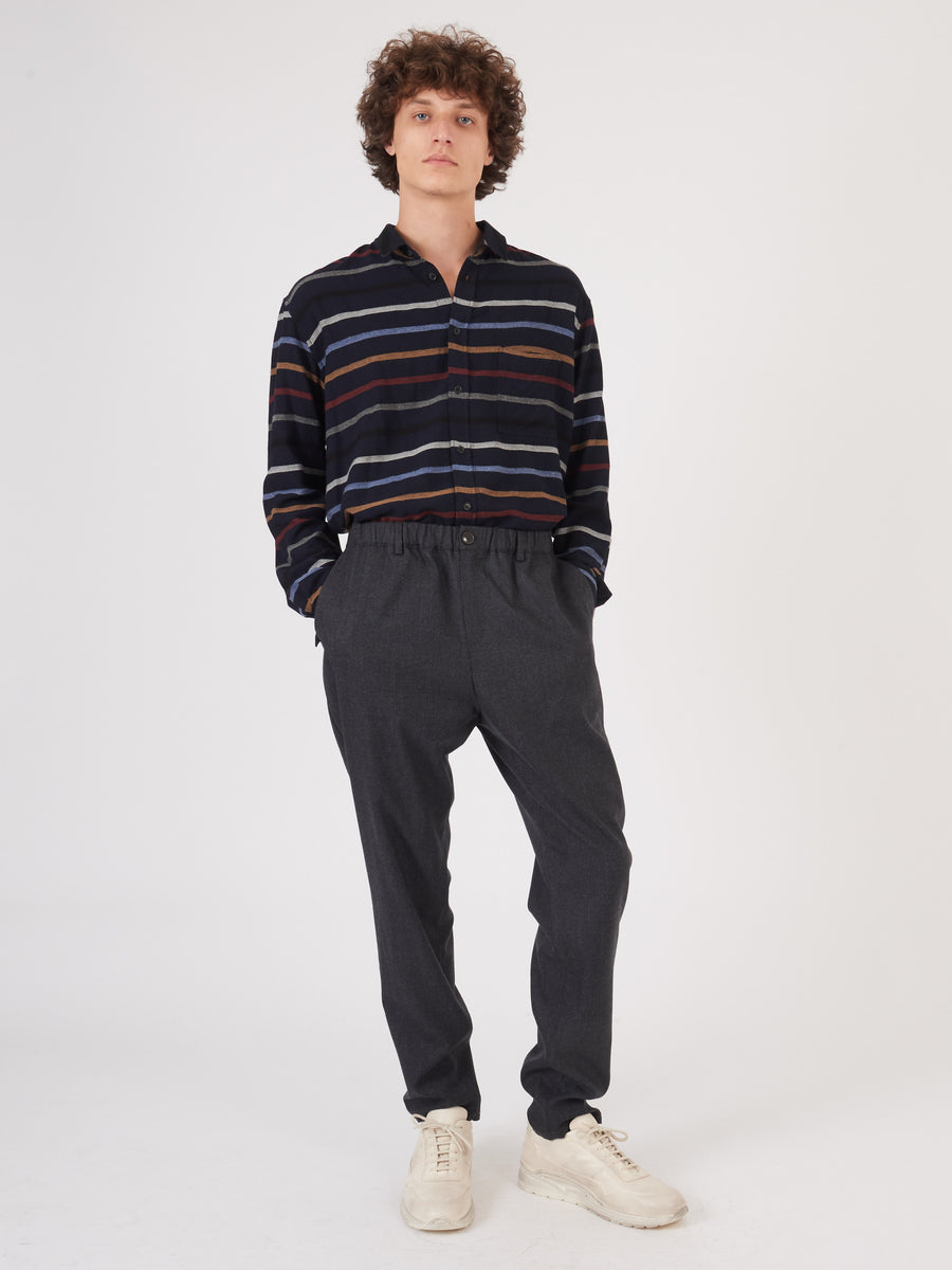 a-kind-of-guise-Anthracite-Elasticated-Wide-Trousers-on-body
