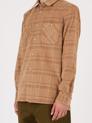 a.p.c.-Beige-Fonce-Toundra-Overshirt-on-body