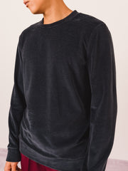 a.p.c.-Dark-Navy-Jérémie-Sweatshirt-on-body