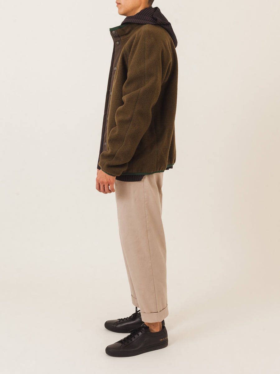 a.p.c.-Military-Khaki-Yama-Jacket-on-body