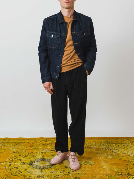 a.p.c.-flynn-denim-jacket-on-body