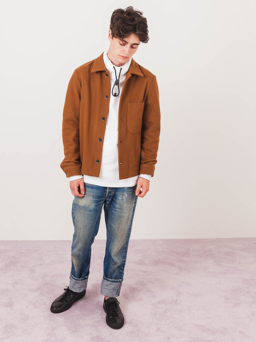 barena-Camel-Cedro-Overshirt-on-body