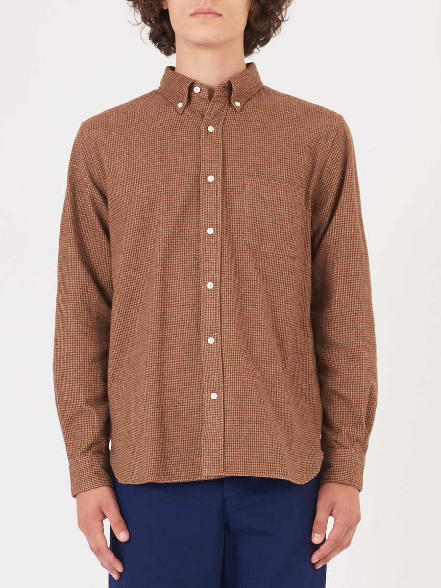 beams-plus-Brown-Houndstooth-Shirt-on-body