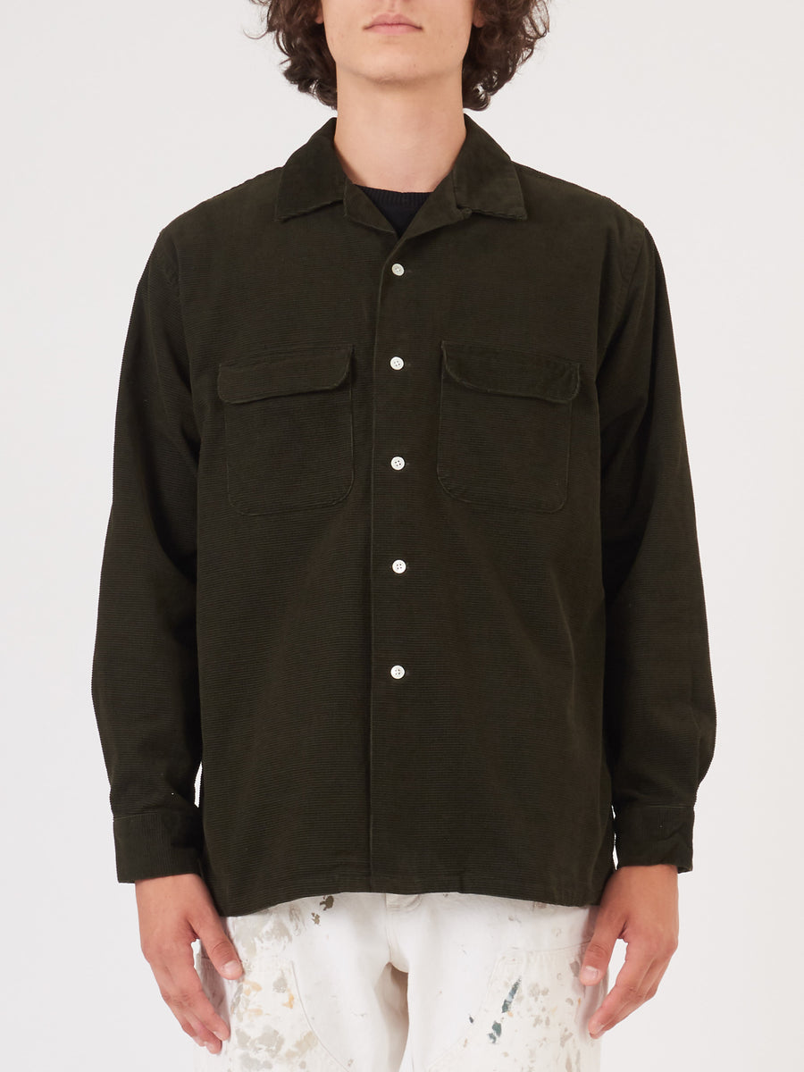 beams-plus-Olive-Dobby-Corduroy-Shirt-on-body