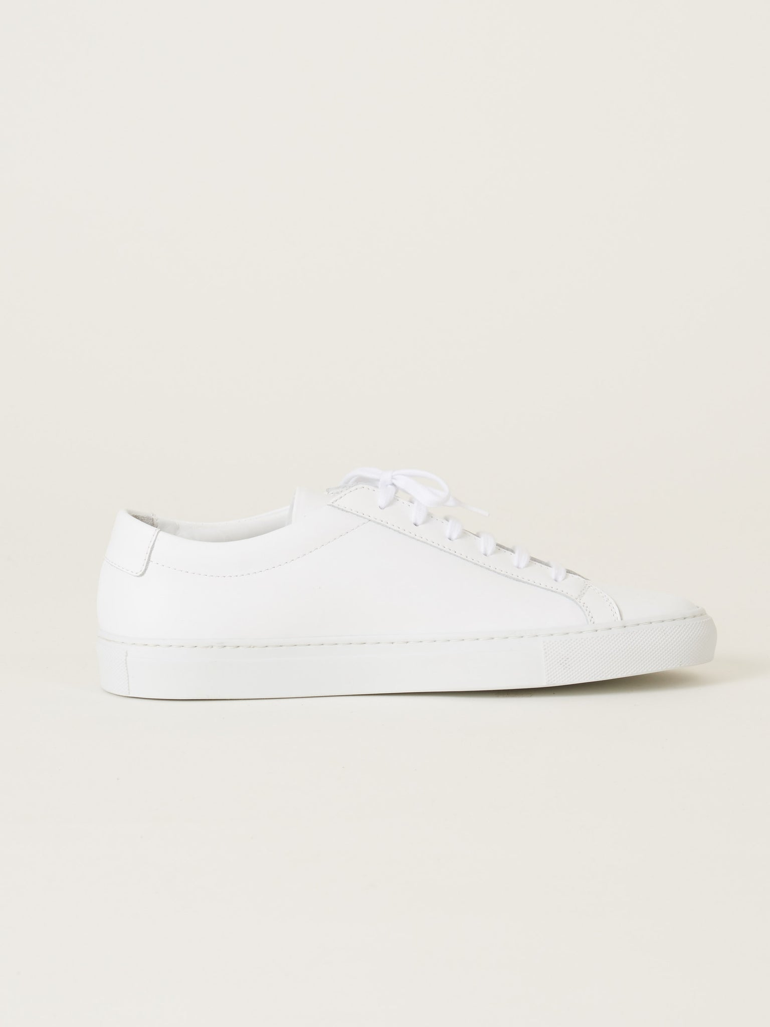 half off 5d6df 7b0ee common-projects-White-Original-Achilles-Low-on-body
