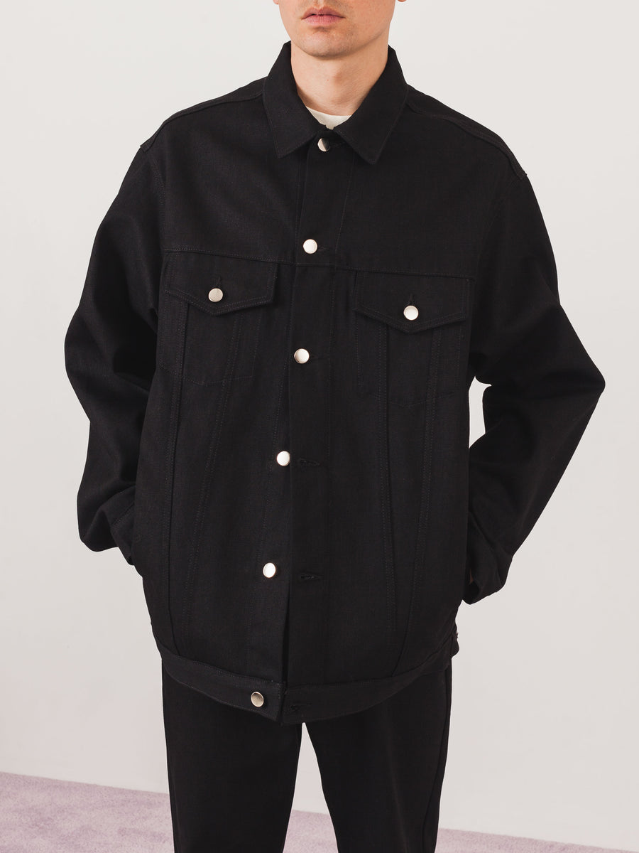 last-heavy-Black-Denim-Trucker-Jacket-on-body