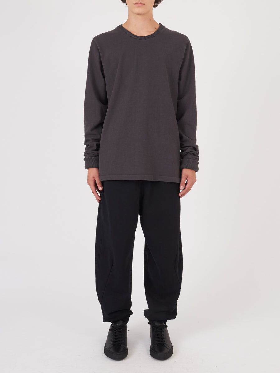 last-heavy-Washed-Black-L/S-Tee-on-body