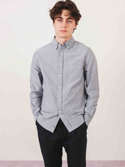 saturdays-Charcoal-Crosby-Oxford-L/S-Shirt-on-body