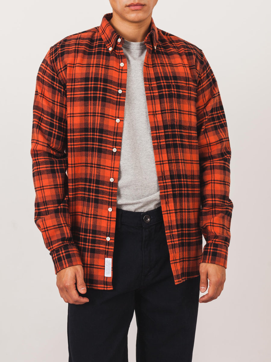 schnaydermans-Rust/Black-Large-Check-Shirt-on-body