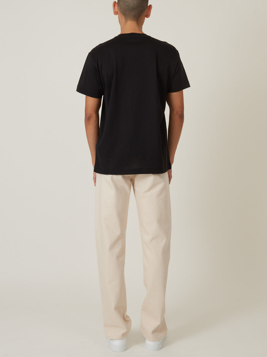 stone-island-Nero-S/S-Tee-on-body