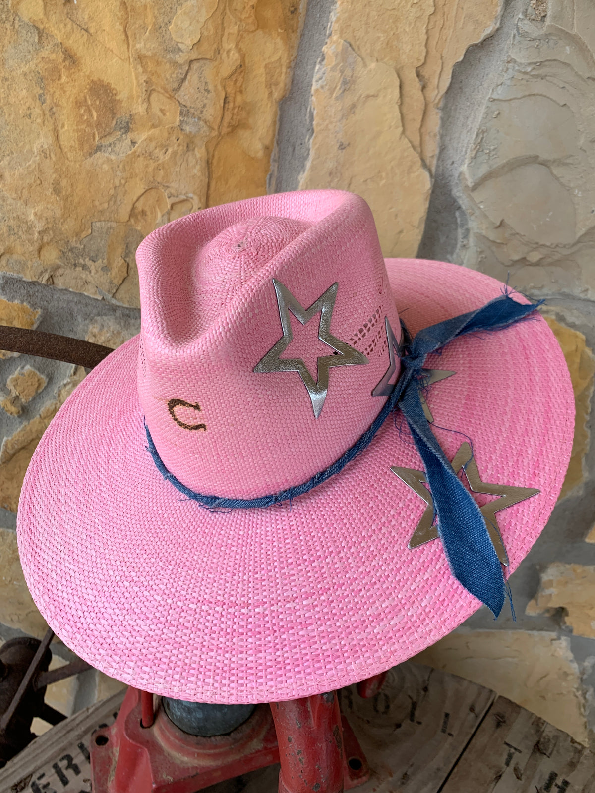 Charlie 1 Horse Super Star Hat