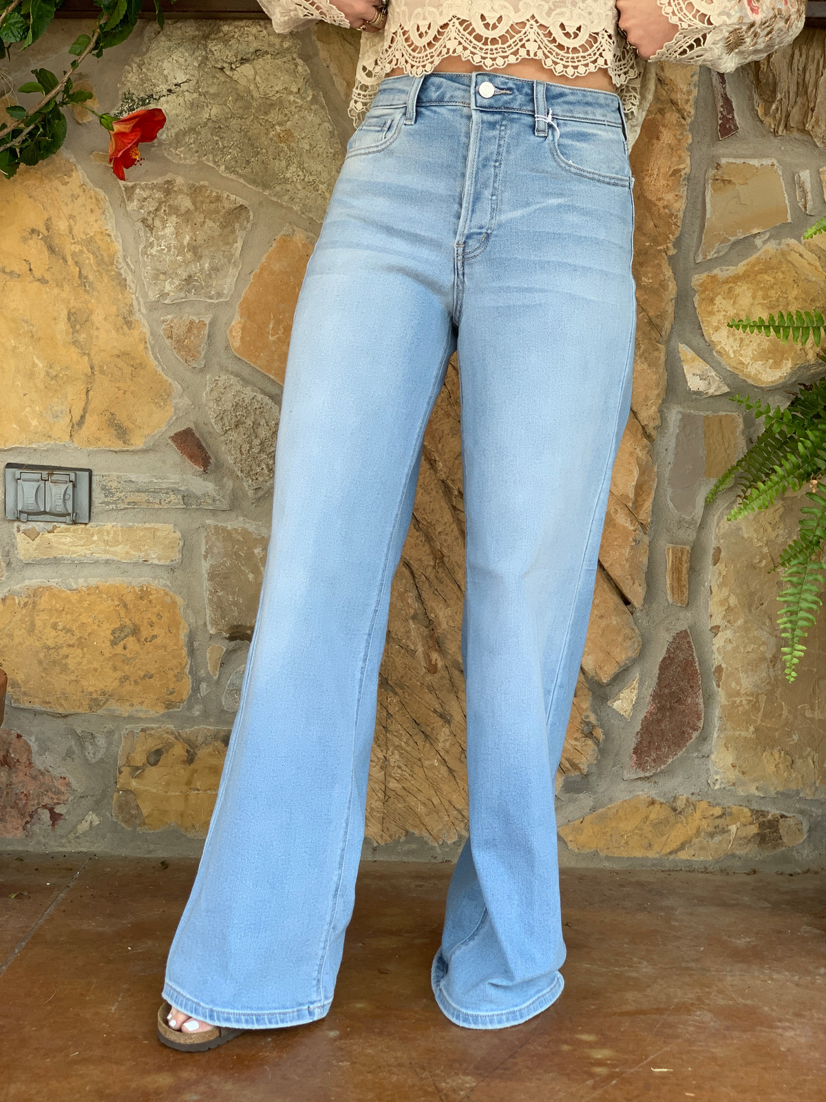 Willow Wide Leg Jeans