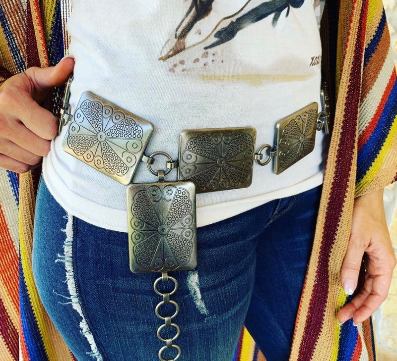 The Bad Betty Chain Belt