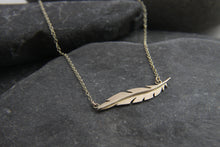 Load image into Gallery viewer, Gold Floating Feather Necklace