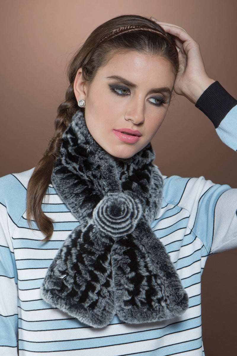 blackgray EM-EL Knitted Rex Rabbit Pull-Though Scarves