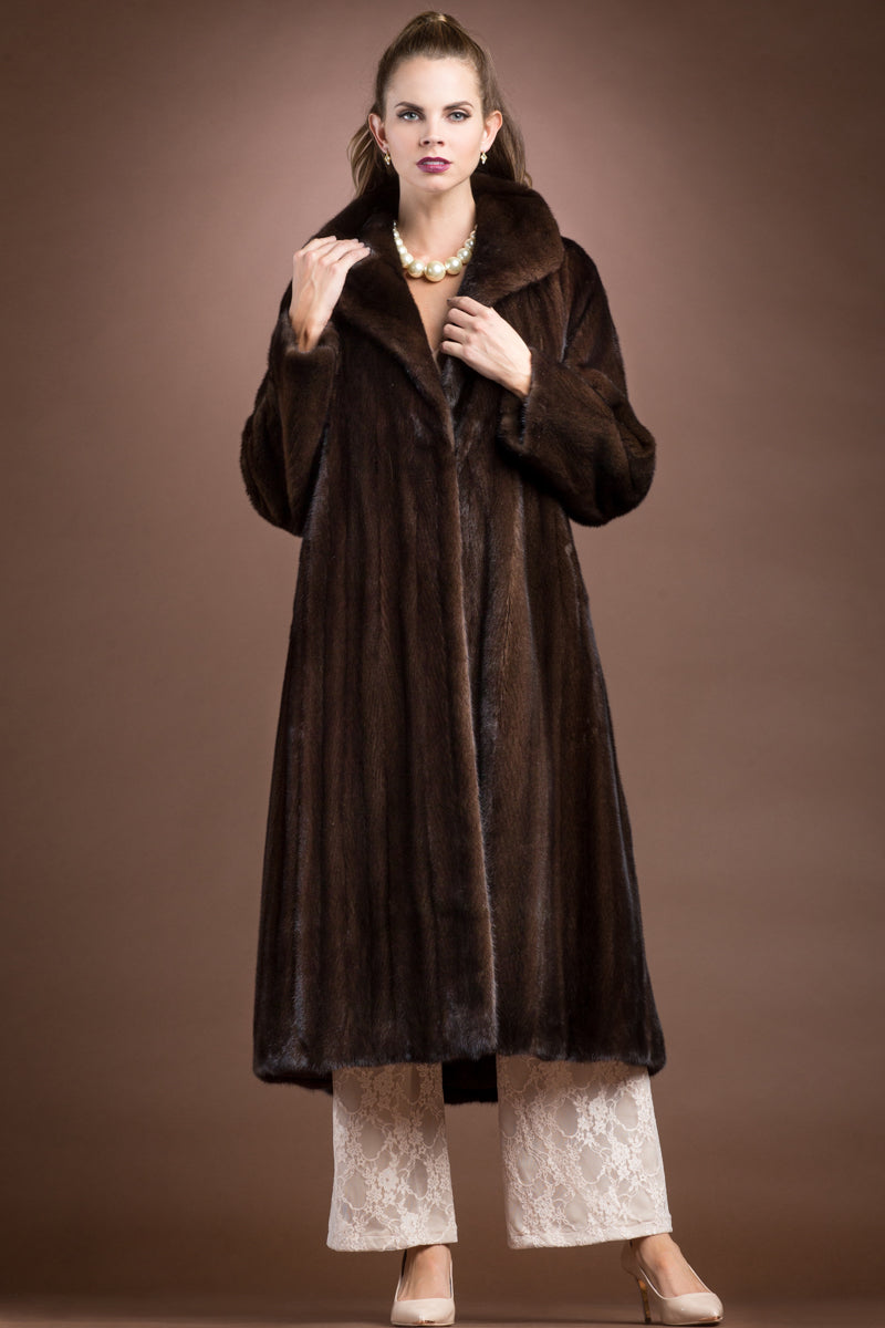 Mahogany Zandra Rhodes Natural Mink Fur Coat - Wing Collar - Straight Sleeve