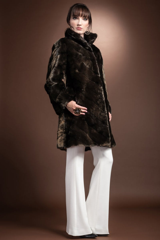 Metallic Gold V-Shape Mink Mid-Length Fur Coat