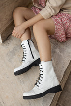 Load image into Gallery viewer, CHARLOTTE White Ankle boots